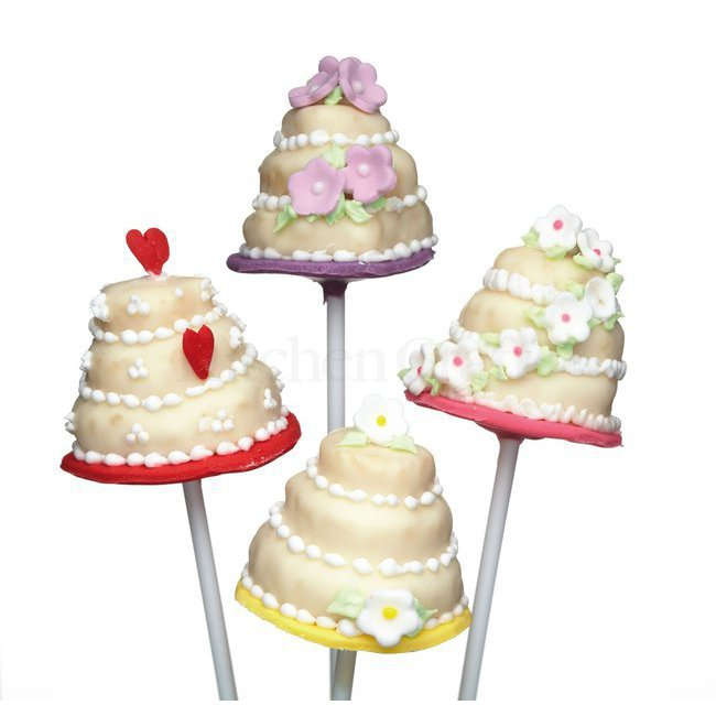 Cupcakes cake pops biscuits tout pour les cake pops - Moule a layer cake ...