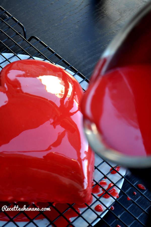 Bavarois coeur bomb gla age miroir for Glacage miroir rouge